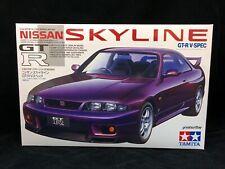 Tamiya Nissan Skyline GTR R32 T24090 Plastic Model Kit