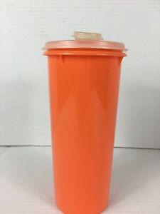 Vintage-Tupperware-Tangerine-Orange-Beverage-Keeper-and-Lid-262-5