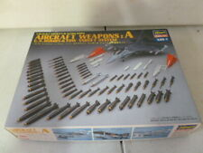 Aircraft Weapons A U.S.Bombs Tow Target System 1:48  Hasegawa 36001   X48-1