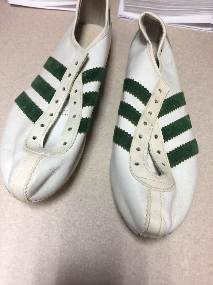 Adidas Quebec made in France running spikes Size 5 1 2