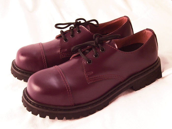 3-hole Ranger UK Boots with Steel Toe Cap Knightsbridge Gothic Bordeaux Red