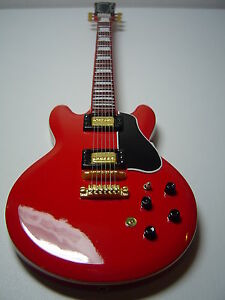 Bb King Red Miniature Guitar Ebay