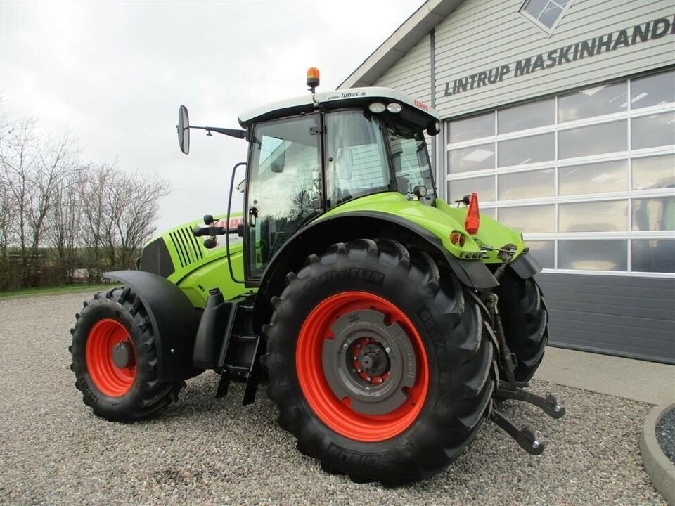 CLAAS, AXION 810 CMATIC Frontlift og frontPTO, timer 5221