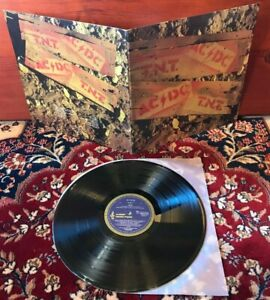 ACDC - TNT - OZ 1st Press Blue Roo Albert / EX+ to NM Cover / Amazing NM LP