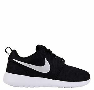 ORIGINALI-NIKE-ROSHE-ONE-Black-MTLC-Platinum-White-Sneaker-UNISEX