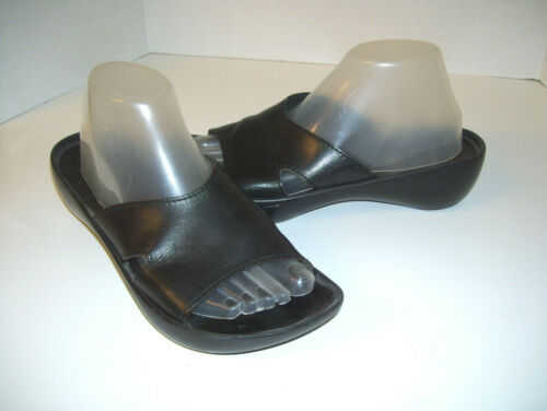 Robert Clergerie $125 Black Leather Rubber Platfor