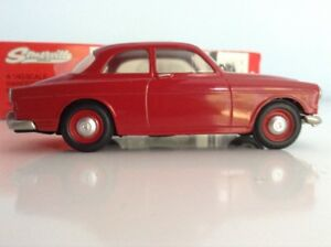 SOMERVILLE-MODELS-1962-VOLVO-AMAZON-RED-No-124-BOXED
