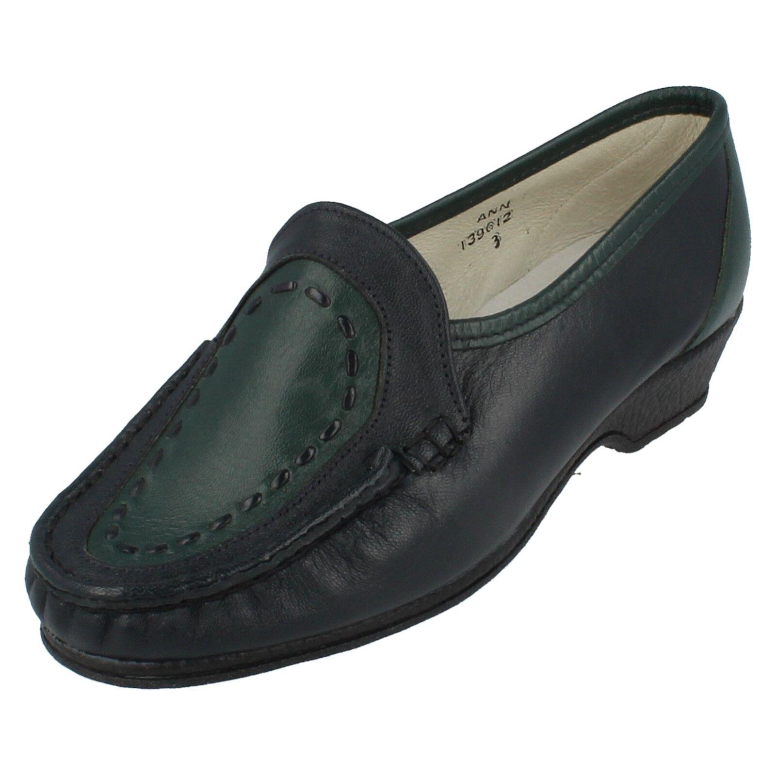 Ladies navy/green leather SANDPIPER shoes style ANN Uk 3EEEEE fitting