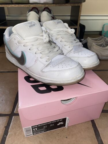 Nike SB Diamond Supply Dunk Lows Limited Edition S