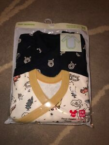 NWT-Winnie-the-Pooh-Baby-Bodysuit-2-Pack-6-12-Month-Japan-Uniqlo-Disney-Rare-New