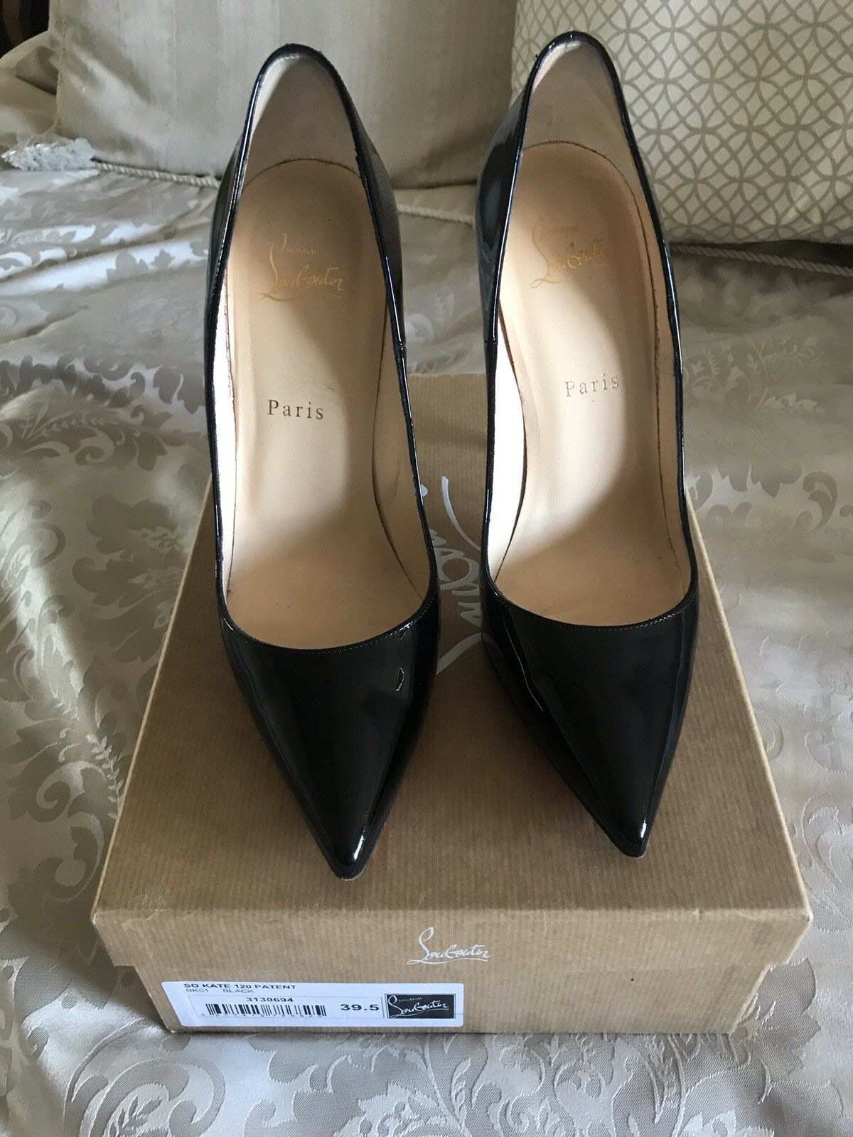 Christian louboutin Size 6.5 With With With Proof Of Purchase e08133