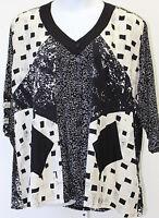 Iguana Hand Painted Shirt Jacket 1x V-neck Cream & Black