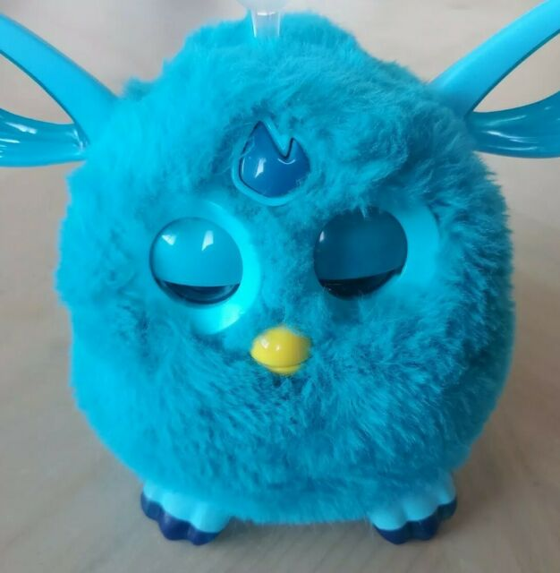 Furby Connect Exclusive Launch Hasbro Bluetooth Teal Blue Rare Soft LCD Eyes