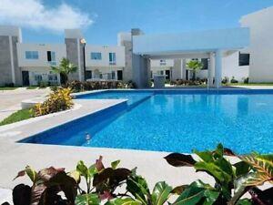 Casa de 3 recamaras en privada con alberca a 15 min de Boca del Rio