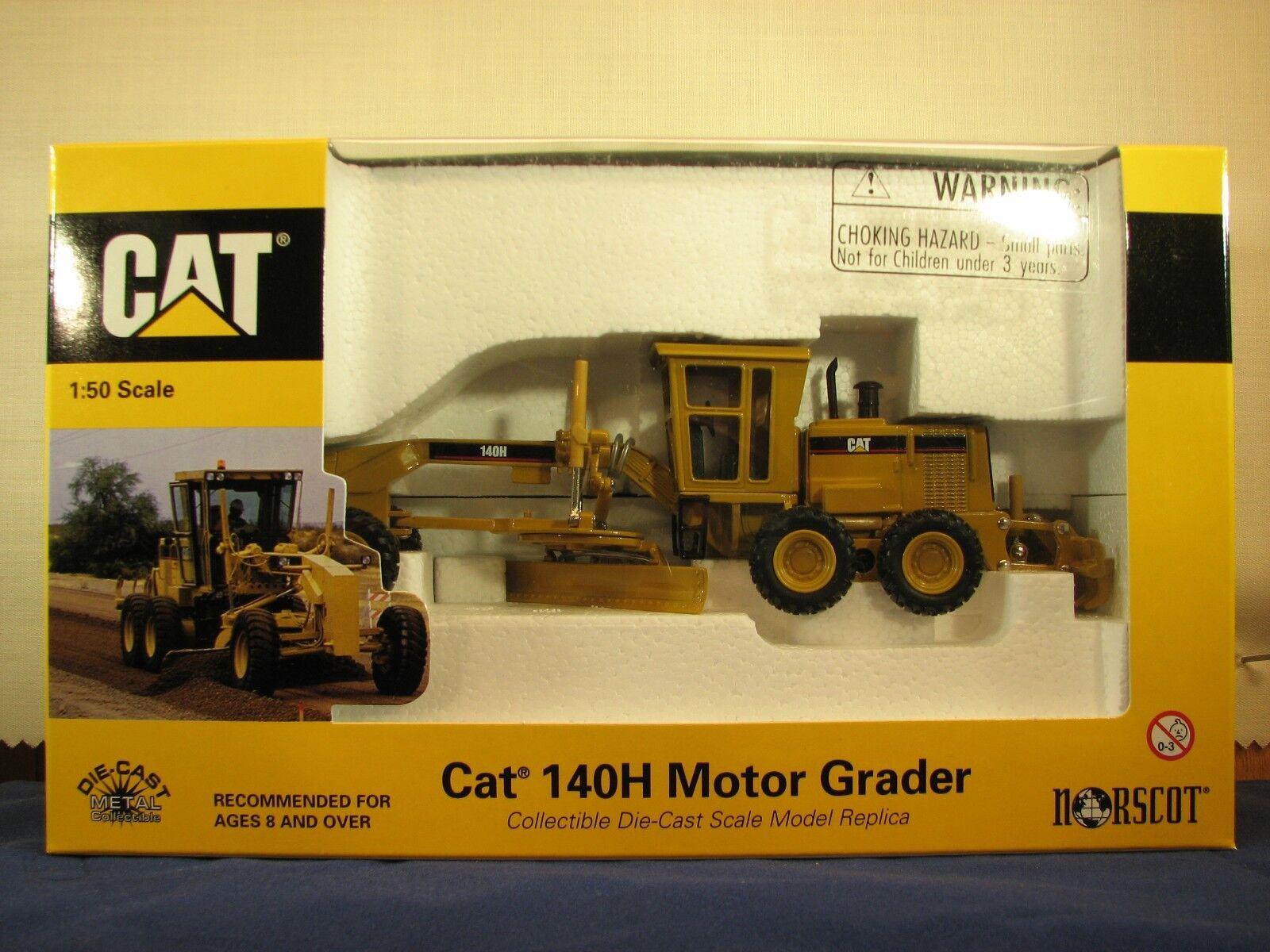 Norscot 55030 caterpillar 140H motor grader 1 50 scale diecast new