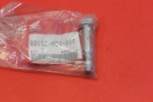 NOS-HONDA-CR125-ATC350-XR500-FLANGE-BOLT-8X50-PART-90132-MG3-000