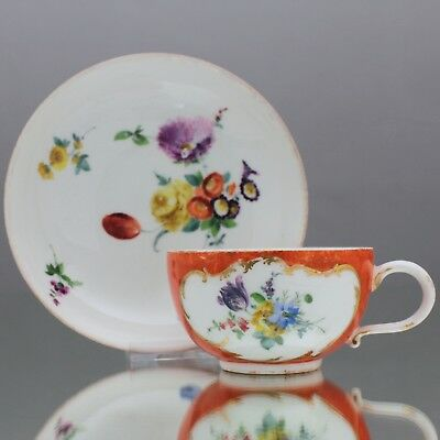 Meissen um 1760: Teeatsse orangeroter Fond Manierblumen Tasse Punktzeit 18. Jh