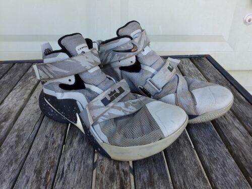 pour King gris Soldier Nike 13 Homme James de basket noir Lebron Chaussures taille argent wxgRZ0qt