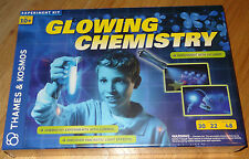 Glowing Chemistry Thames & Kosmos Science Experiment Kit Luminon UV Light