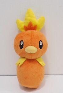 Torchic-Pokemon-Center-2004-Bowling-pin-Stuffed-Plush-Toy-Doll-Japan