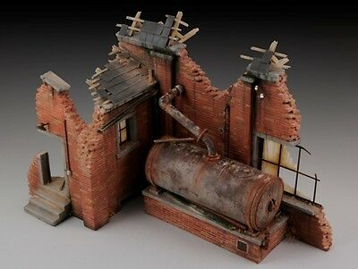 Royal Model 1:35 Factory Ruin with Steam Boiler - Plaster Diorama Model #656