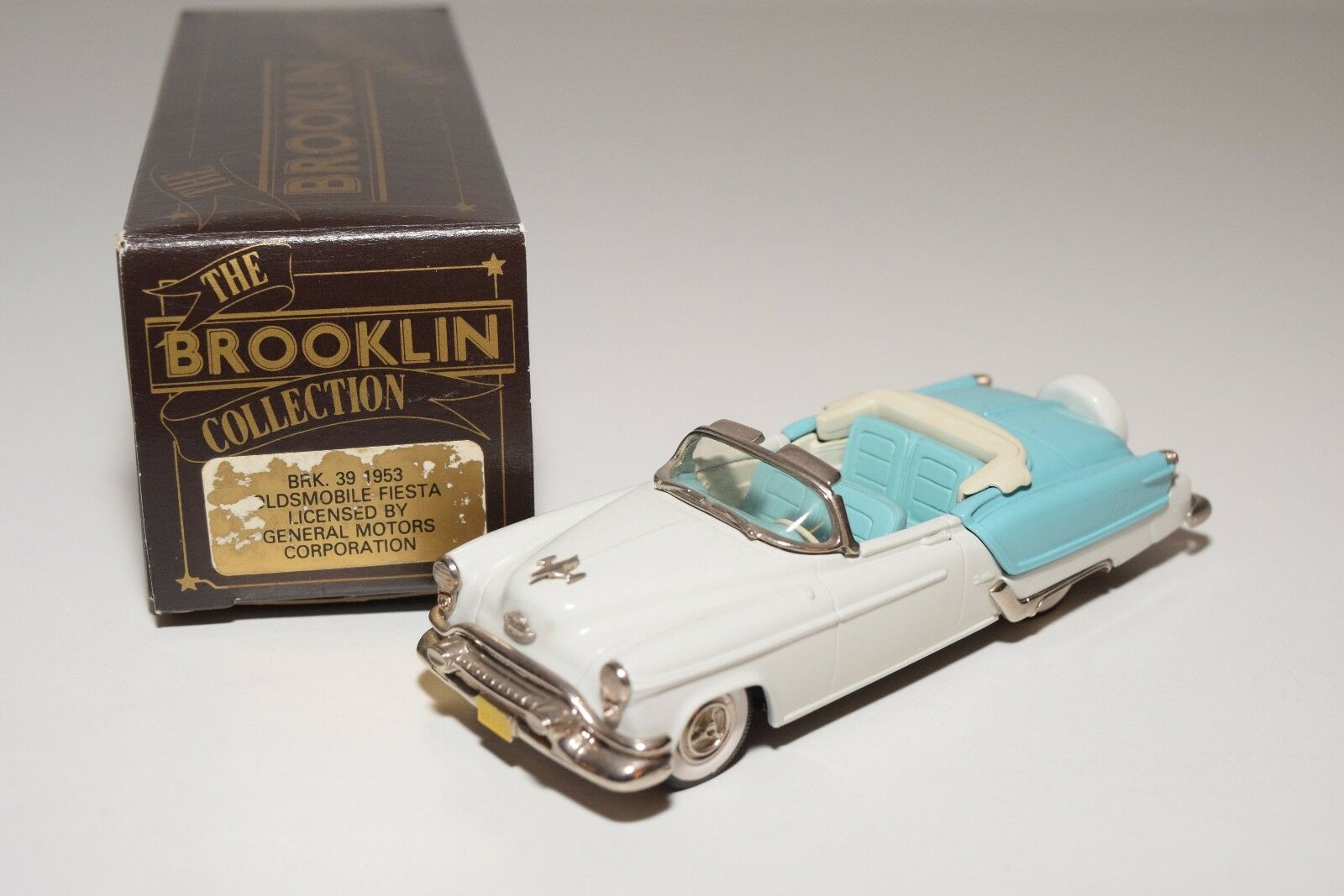 BROOKLIN BRK 39 1953 OLDSMOBILE FIESTA TOP DOWN blanc bleu MINT BOXED