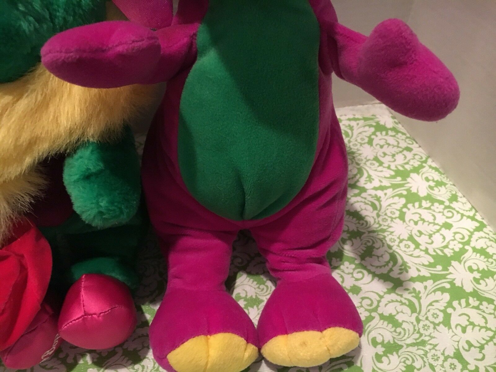 Baby Bop Bop Bop In Crown And Earrings And Barney The Dinosaur Stuffed Plush Set 36b744