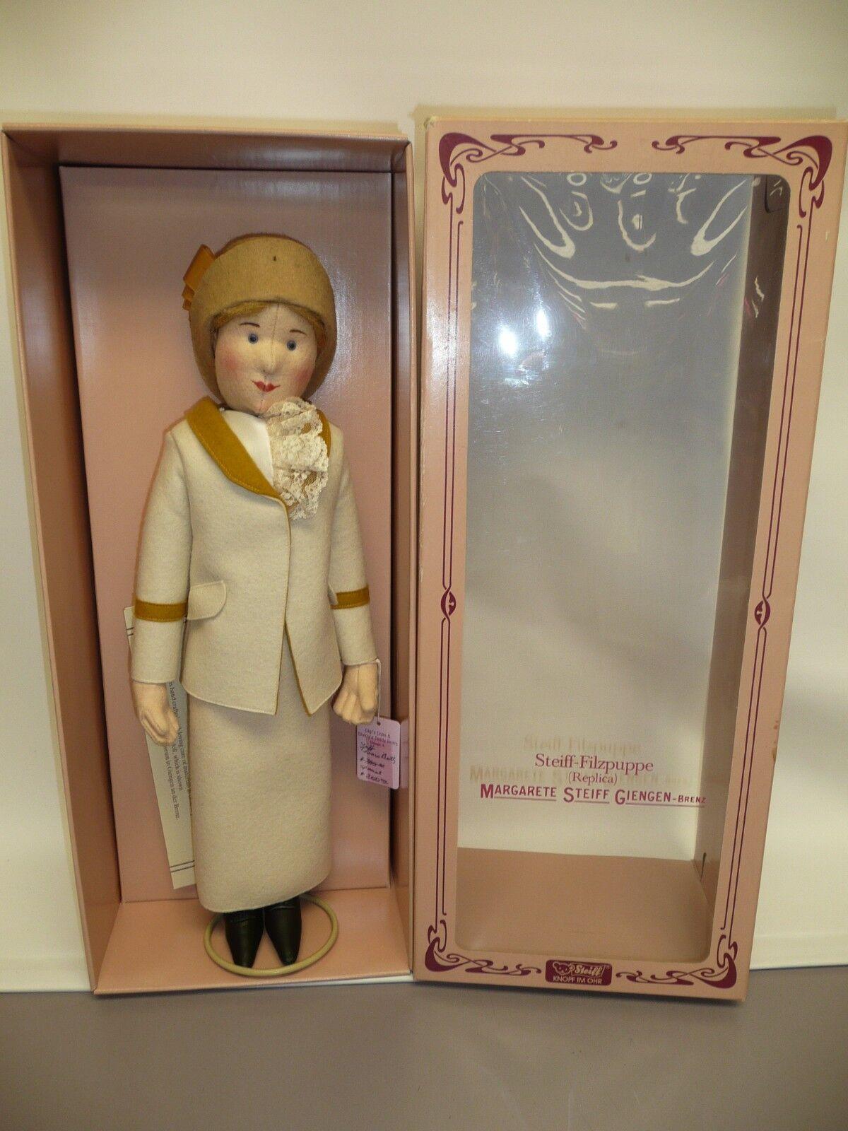 Great Steiff Felt Doll Tennislady MIB w COA LE  389 3000 NRFB