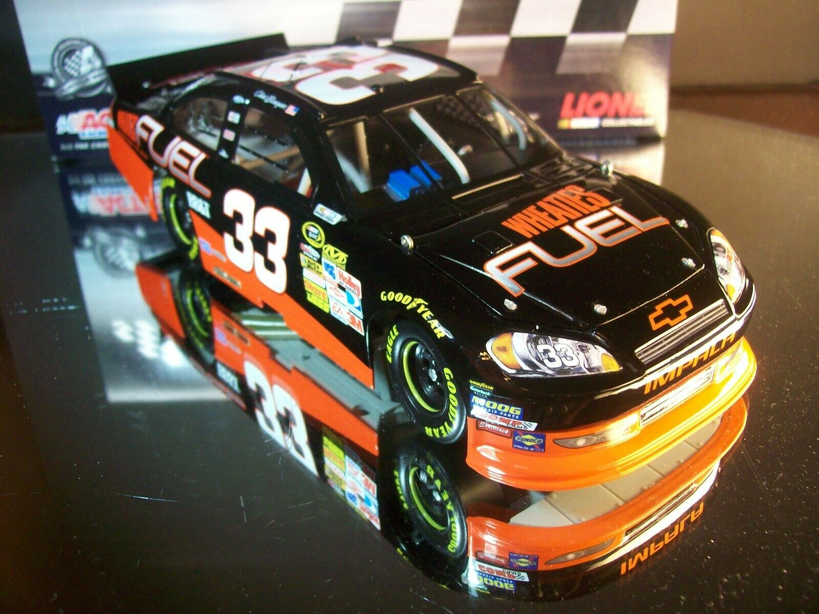 Clint Bowyer Wheaties Fuel Fuel Fuel 2011 Chevrolet Impala 1 25 Lionel 1 of 742 f1bf49