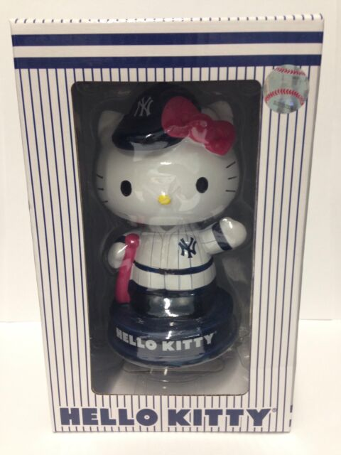 New York Yankees Stadium Giveaway Hello Kitty Bobblehead NIB