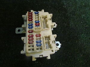 image is loading 2006-infiniti-m35-interior-fuse-box