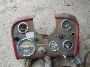 s l300 farmall 560 diesel tractor ih dash panel gauges tachometer amp oil Under Dash Wiring Harness at virtualis.co