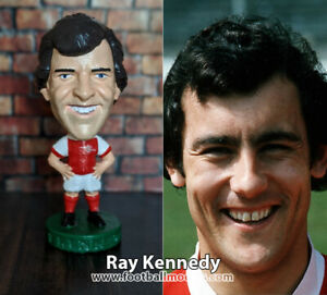 Ray-Kennedy-Arsenal-non-Corinthian-Prostars-football-figure