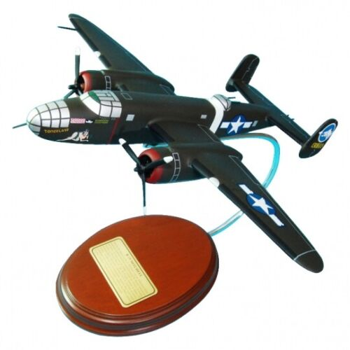 "B-25 Mitchell /""Tondelayo/"" Hand-Carved 1//67 Scale Display ready"