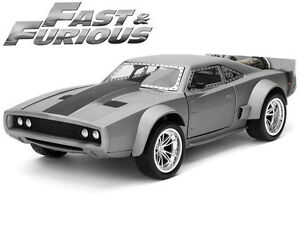 Fast-amp-Furious-Dom-039-s-034-Ice-034-Dodge-Charger-R-T-1-24-Scale-Diecast-Model