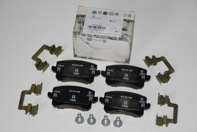 Original Volkswagen VW Passat 3C Bremsklötze für 310x22 mm Bremse 3C0698451C