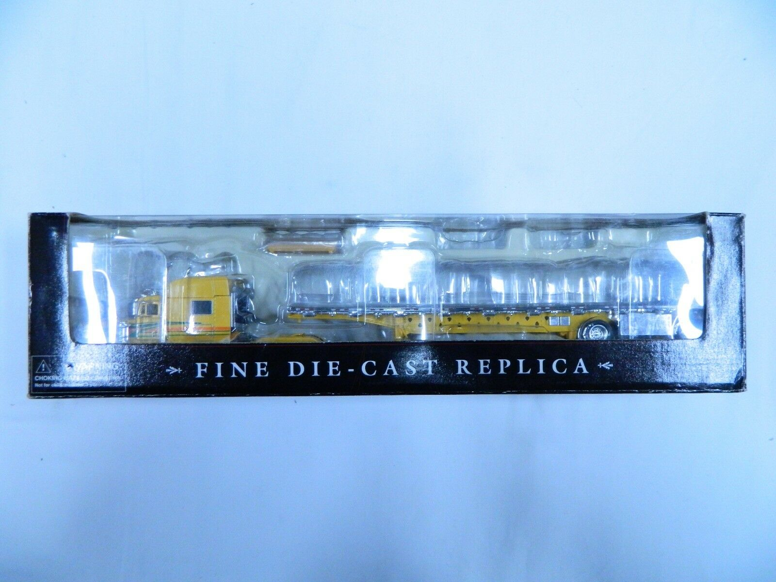 Tonkin Replicas o/s 12 Amarillo Peterbilt 379X Cama Plana extendido Eje de remolque 153