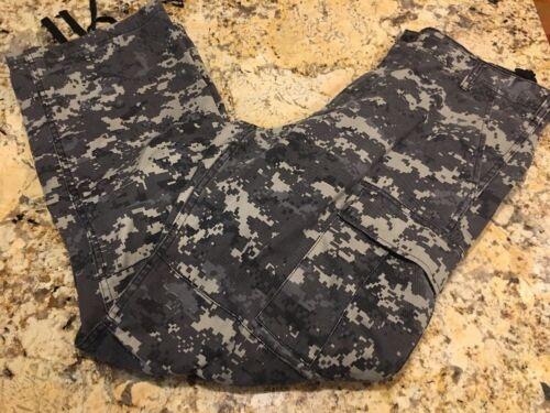 Digital Camouflage Army Military Combat Tactical Pants EUC Rothco B.D.U