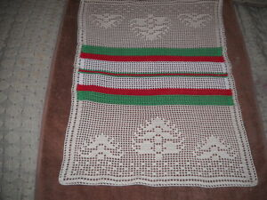Beautiful Filet Hand Crocheted Christmas Tree Doily HI-168