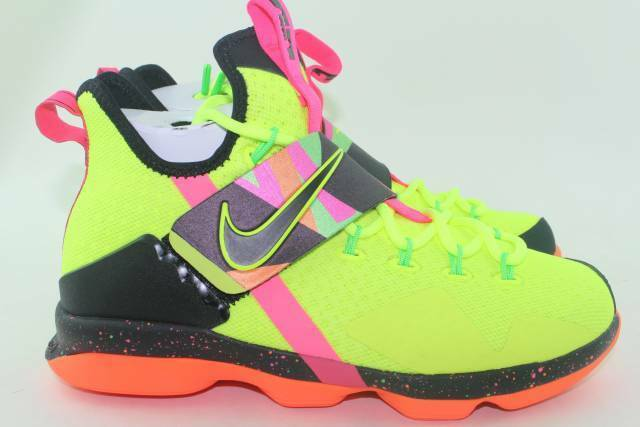 4b604164248 Nike Lebron XIV HWC Ultimate Warrior Big Kids Aa3258-703 Volt Shoes Size  6.5 for sale online