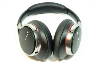 Sony-MDR-10RNC-Premium-Digital-Noise-Canceling-Deep-Bass-Smartphone-Headphones