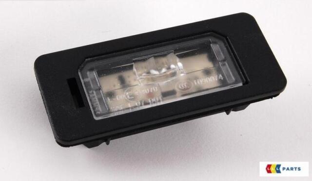 BMW NEW GENUINE E88 E82 F22 F30 E31 E90 E91 NUMBER PLATE LED LIGHT LENS 7193293