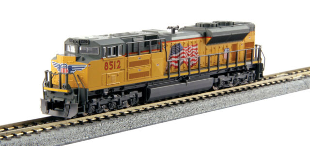 Kato # 1768433 EMD SD70ACe Standard DC UNION PACIFIC # 8512  N Scale MIB