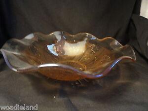 Iridescent-Iris-and-Herringbone-Ruffled-Fruit-Bowl-Jeantette-1928-1932