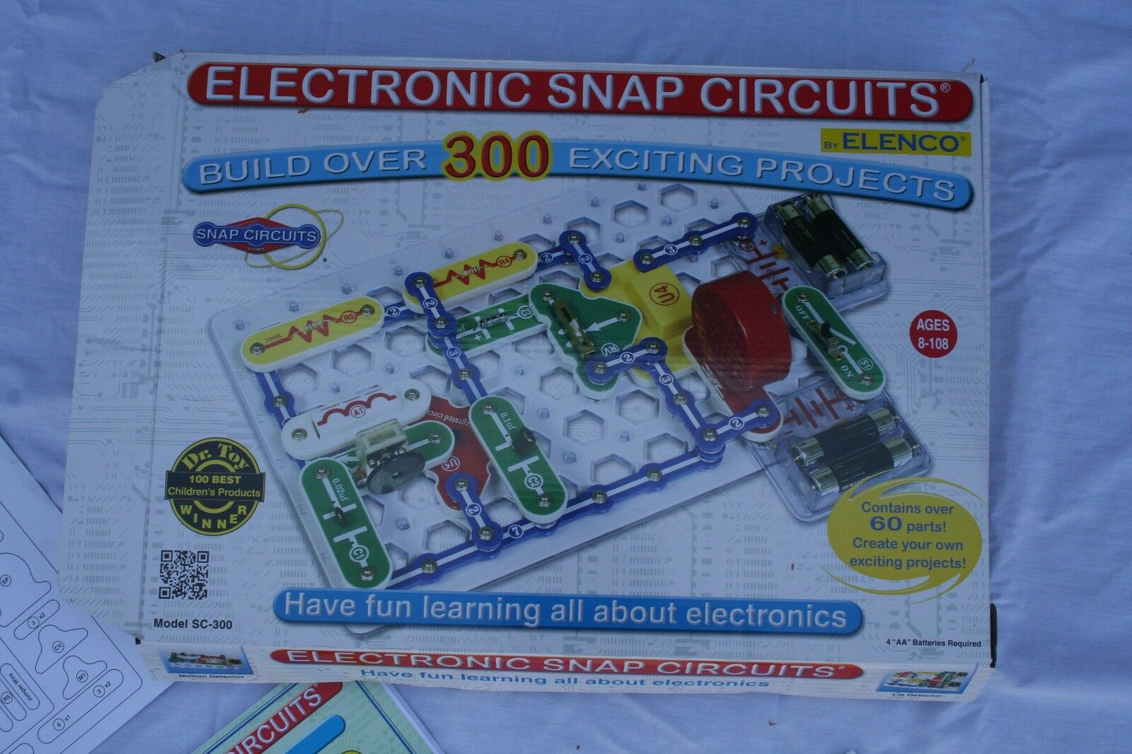 Science Nature Snap Circuits Jr Sc 100 Electronics Discovery Kit New Factory Sealed Electronic Model 300 By Elenco Complete Instruction Manuals