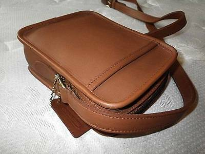 NWT COACH VTG BRITISH TAN LEATHER KIT CAMERA MESSENGER BAG Made in UNITED STATES