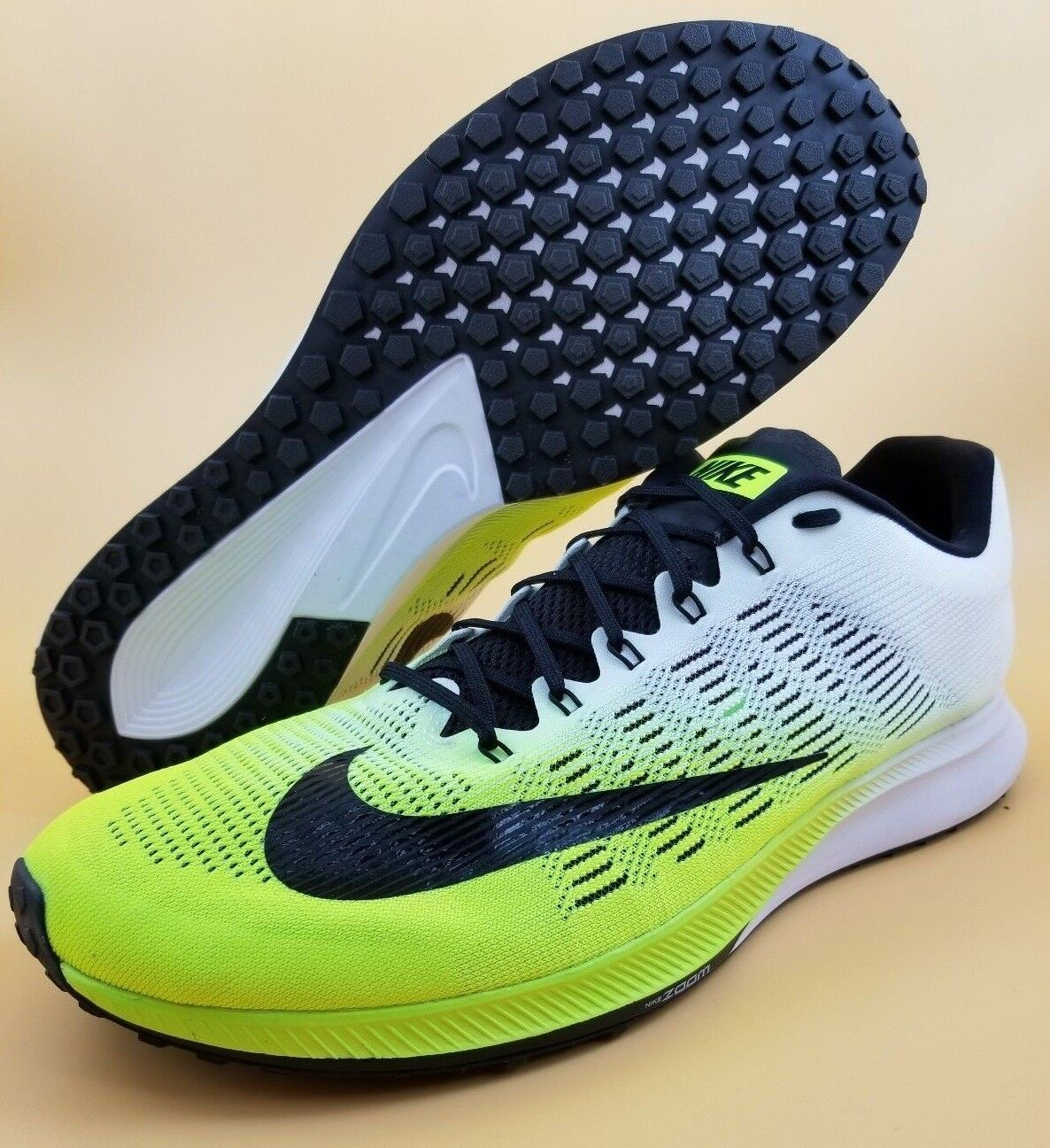 Nike Air Zoom Elite 9 SIZE 15 Men Running shoes Volt White Black 863769-701  150