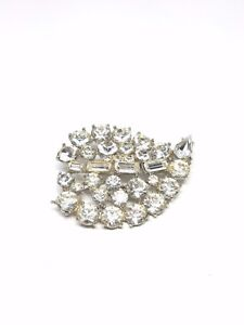 Vintage-Large-Stunning-Rhinestone-Pin-Beautiful