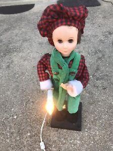 "27"" ANIMATED Motion Lighted Christmas Caroler Dickens BOY"