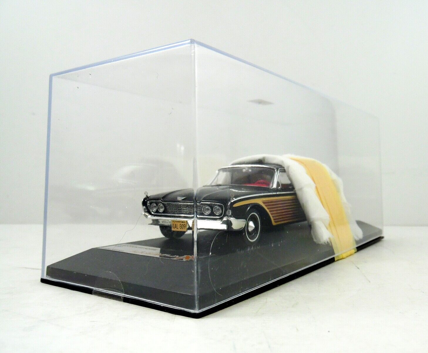 1960 Ford Country Squire PREMIUM X 1 43 Scale